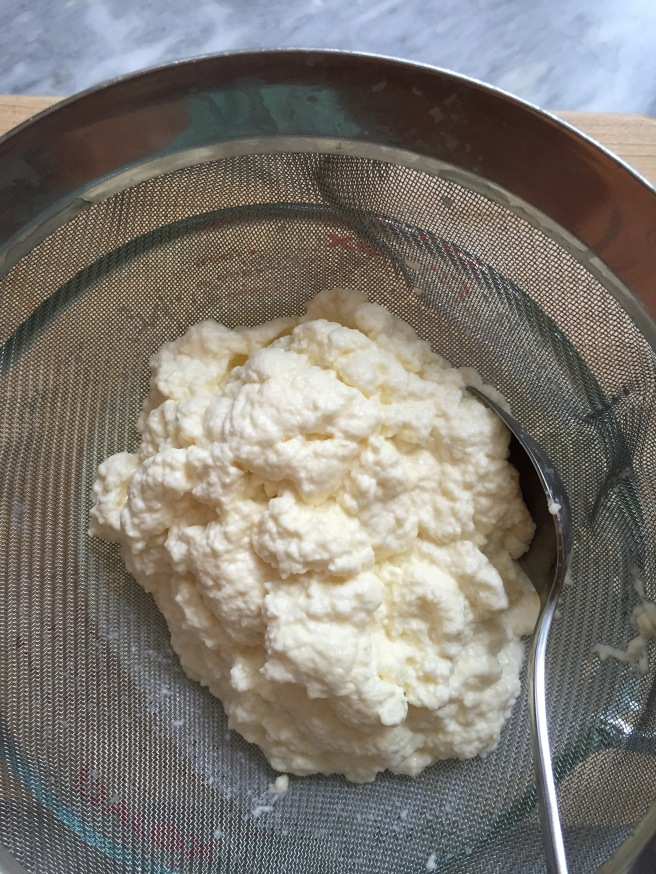 Fresh ricotta after 20 minutes of straining.