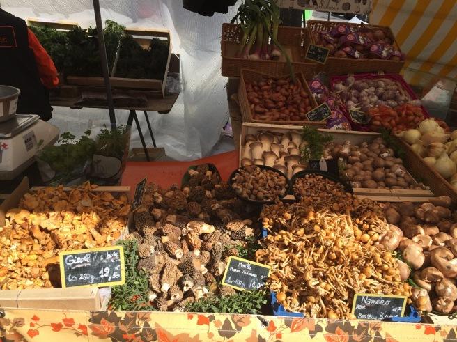 Mushrooms at President Wilson Market in Paris